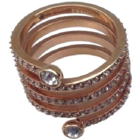 da9a225b347a7 Michael Kors Rose Gold Park Avenue Ring Size 6